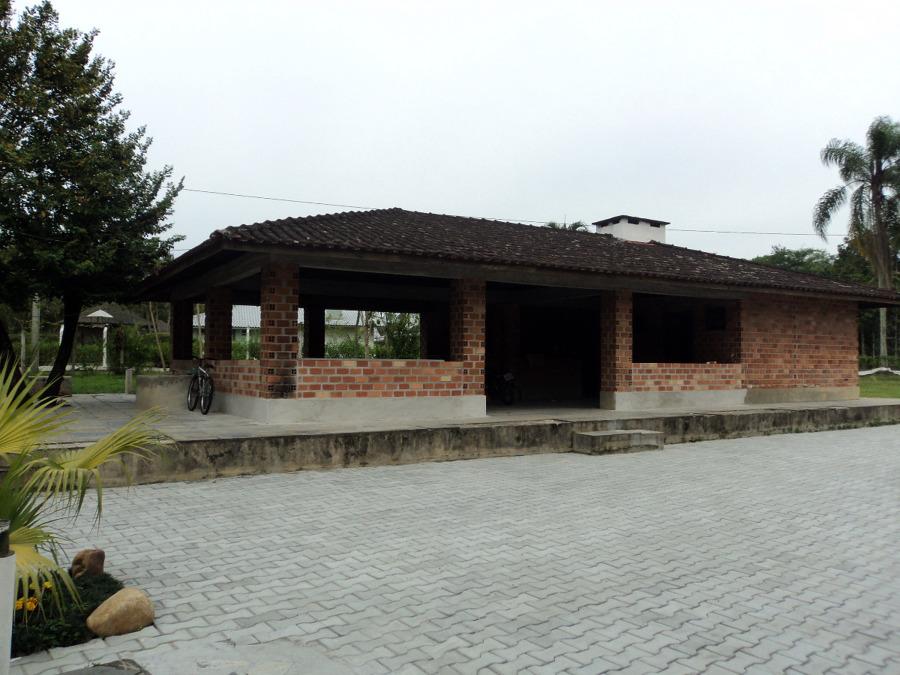 Imov Construtora - Reforma Telhado e Churrasqueira - Morretes - PR/2010