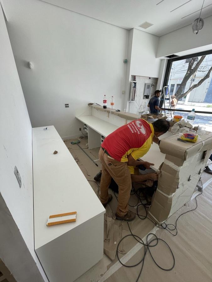 Instalação de móveis