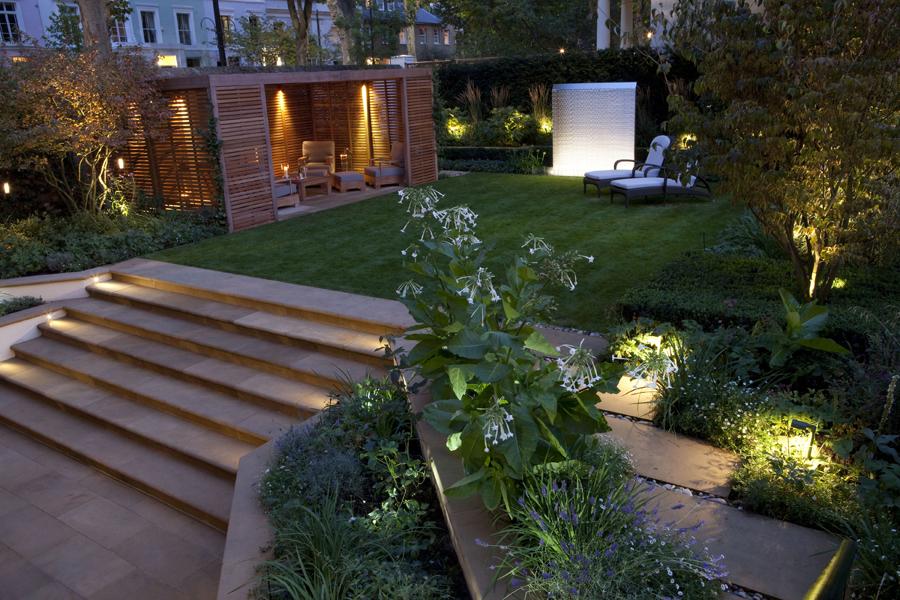 jardim com ambientes destacados