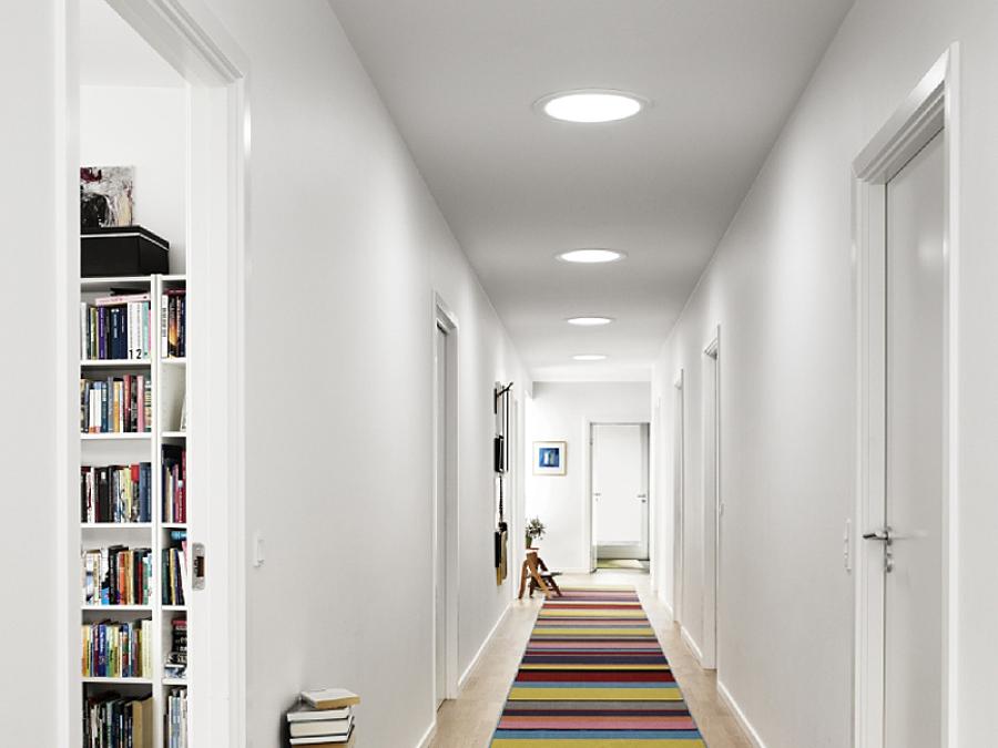 luz natural através de um domo