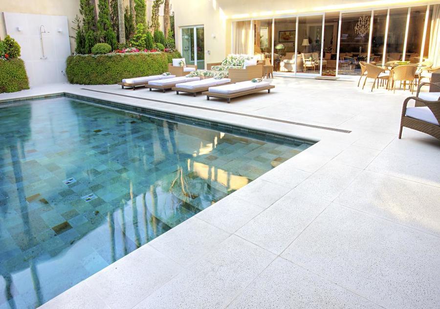 placas cimentícias na piscina