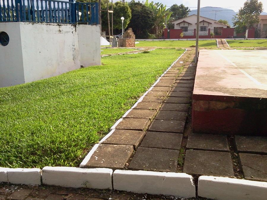 Recomposição de piso e grama
