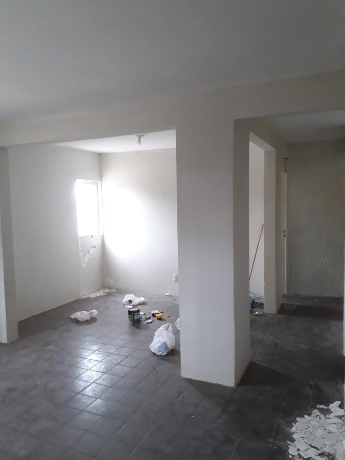 Sala que irá ser quarto