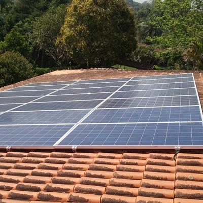 Sistema Fotovoltaico - Residência Embu das Artes