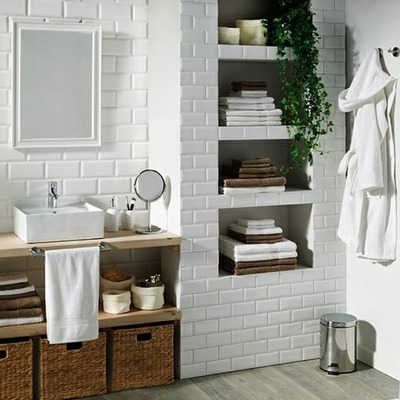 8 Maneiras de embelezar seu banheiro em um fim de semana