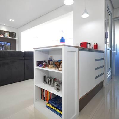 Integração entre sala de estar e cozinha