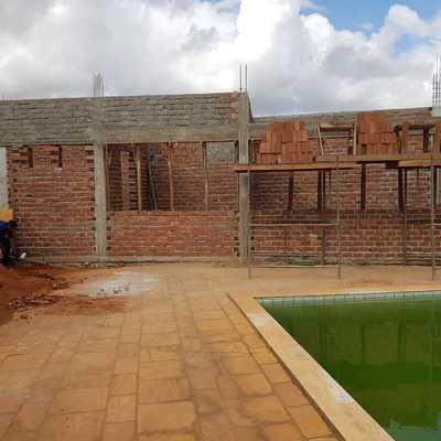 Construção de Casa com estrutura e lage