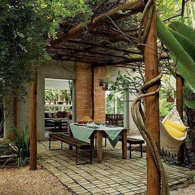 Valorize seu jardim com um pergolado