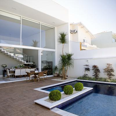 Residência no Cond. Villa Romana