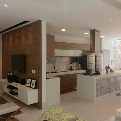 Sala de TV e Cozinha