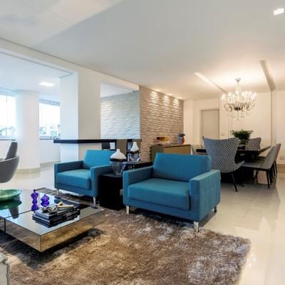 Reforma de duplex em estilo contemporâneo