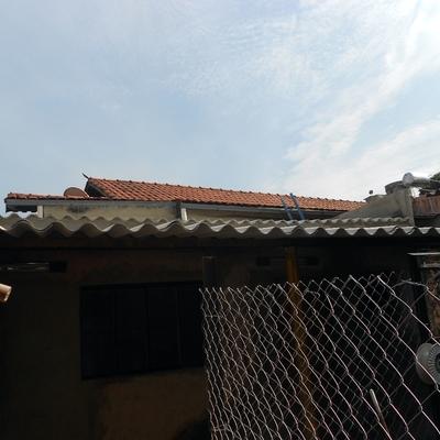 Instalação de telhado de amianto