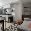 Cozinha Integrada com Sala de Estar e Hall de entrada – Ambientes Modernos e Contemporâneos