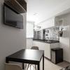 Cozinha Integrada com Sala de Estar Moderna e Contemporânea