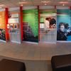 Painél de Exposições - Adesivos impressos e instalados