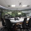 Sala de reunião de vidro, redonda e com película translúcida de Foz do Iguaçu