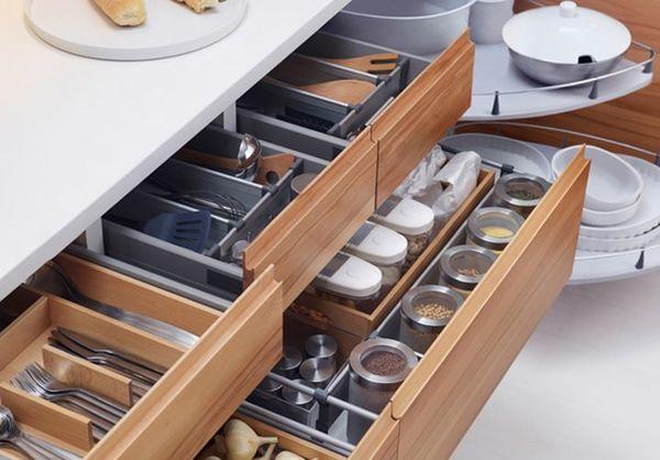 Qual empresa executou o projeto desse armário de cozinha?