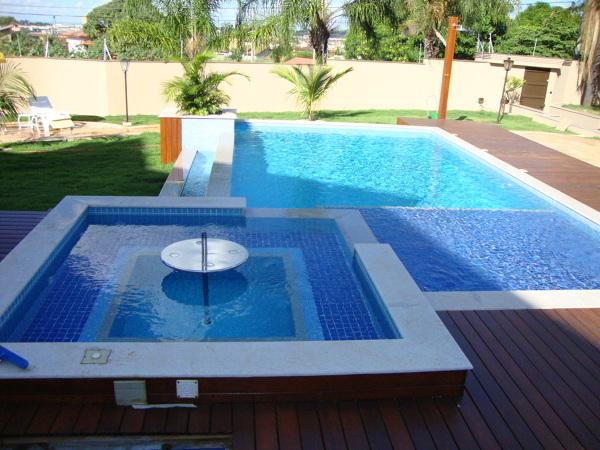 Existe a possibilida de fazer essa piscina revestindo com Vinil?
