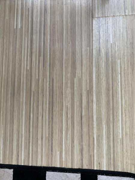 Tem como restaurar o piso laminado sem trocar a peça?