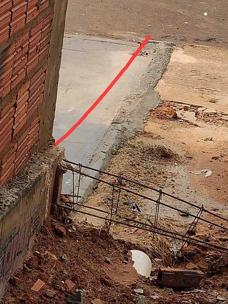 O que eu faço para resolver problema com vizinho?