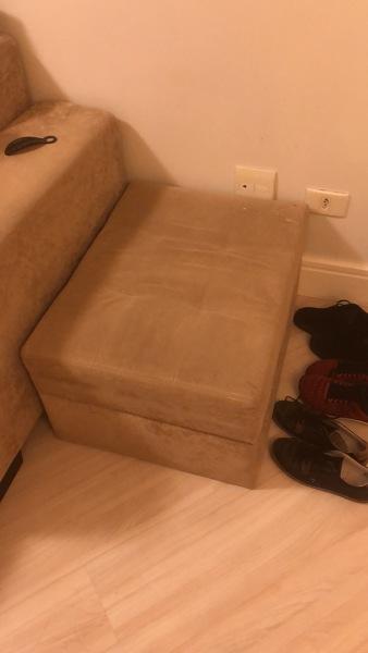 Quanto custa para trocar tecido de sofá e puff?