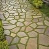 Assentamento de pedras de pirinópolis - lajão pequeno com rejunte de grama
