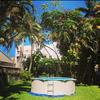 Piscina em casa de praia-guaruja, solicito orcamento, de alvenaria e ou concreto