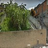 "Gostaria de construir o muro lateral da casa e reformar o ""jardim"""