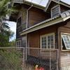 Desmontagem de casa de madeira para novo projeto