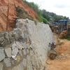 Fazer um muro de pedra de arrimo